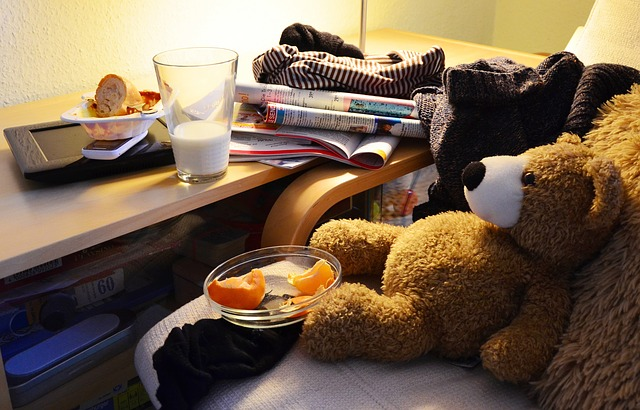 UNDERSTANDING THE 5 STAGES OF HOARDING